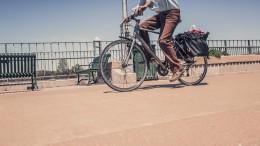 man-person-summer-driving